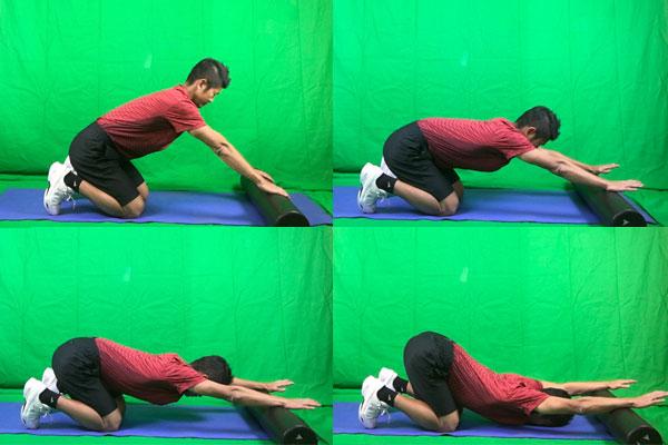 ストレッチポールなどを用意して肩甲骨を開くコツを掴む