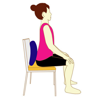 正しい座り方で骨盤の歪みを防ぐ