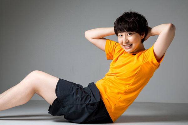 いわゆる腹筋運動(シットアップ)で腰痛が悪化してしまう場合も