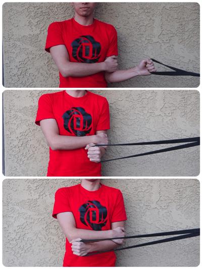 肩のローテーターカフを鍛えるチューブトレーニング