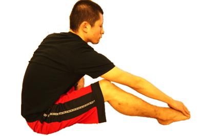 スネの筋肉の前脛骨筋をストレッチして足底筋膜炎を改善