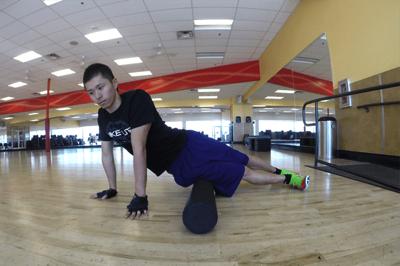 ITバンド(腸脛靭帯)や 大腿筋膜張筋の筋膜リリース