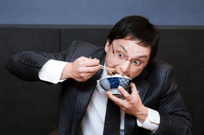 短期間の絶食(食べないダイエット)は「むちゃ食い」に繋がる